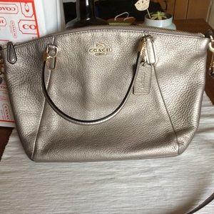 Coach Kelsey purse ✨